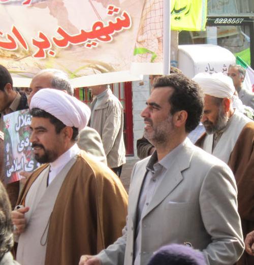 حضورحجت السلام والمسلمین ابوالقاسم مسعودی در راهپیمایی 22 بهمن و همراهی دکتر هروی